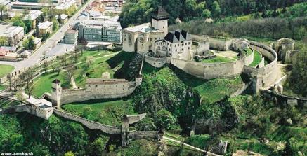 Sobas bude na hrade