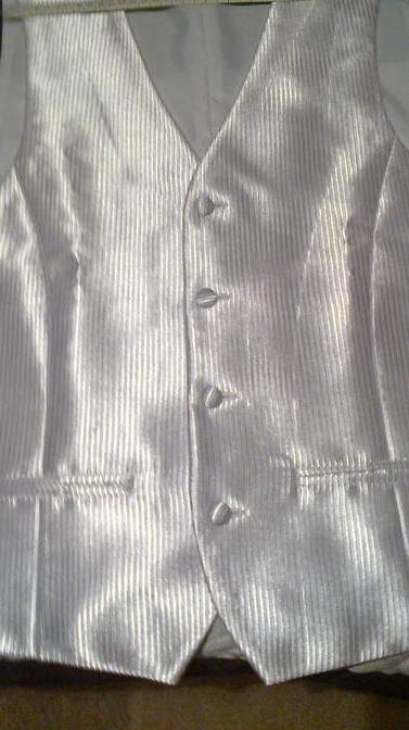 Svadobná  pánska vesta s kravatou a vreckovkou - Obrázok č. 1