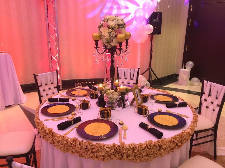 Dekoračný lem na stôl - Obrázok č. 1