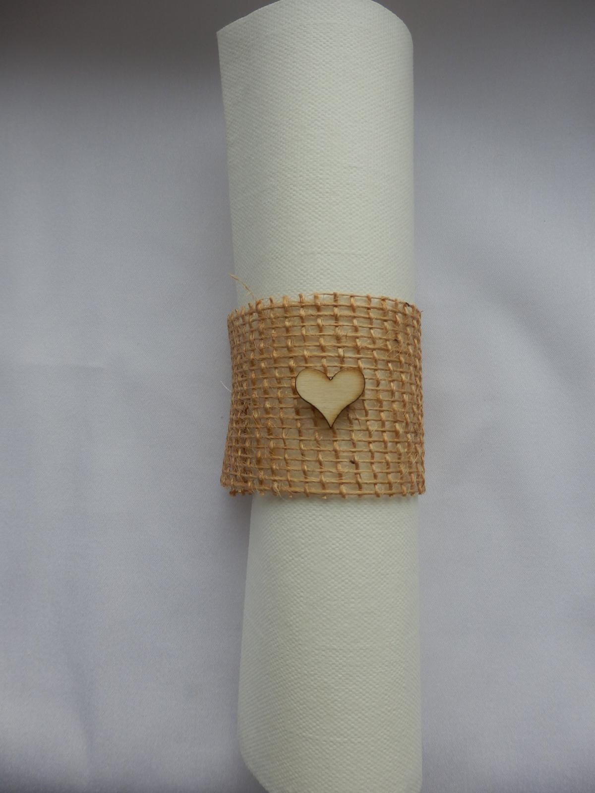 Jutový prsteň na servítku - Obrázok č. 1