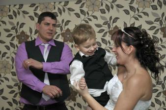 taneček s naším synem Honzíkem :-)