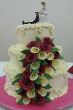 Náš svatební dort nebyl z dílny cukráře, ale z kuchyně kamarádky!