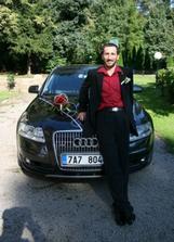 Ženich se svým autem :-)