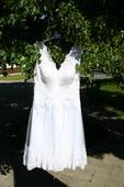 Krátke svadobné šaty, 44