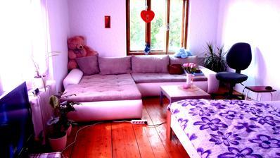 Naše současná ložnička o obývačka zároveň (v prvním patře) :D