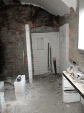 sprchový kout (vlevo bude rohová vana)