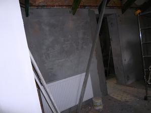ložnice, vchod do šatny
