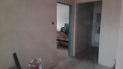 koupelna, vlevo druhý dětský pokoj