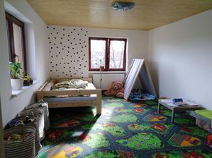 postel vyrobil tatínek :)