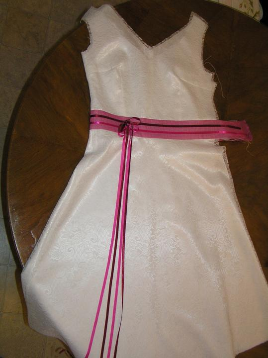 Svatba za babku 3 - PINK - Na zip už dneska nemám sílu :-D Tak zase až budu u šicího stroje...