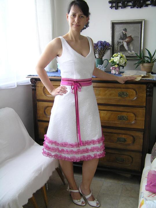Svatba za babku 3 - PINK - ....ale člověk se na to musí trochu namalovat, učesat, oholit si nohy a pořádně se vyspat... :-D