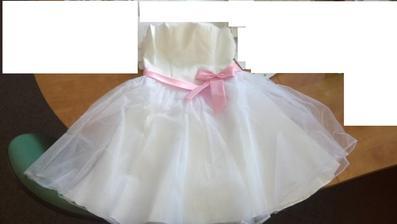 šaty na obnovu slibu