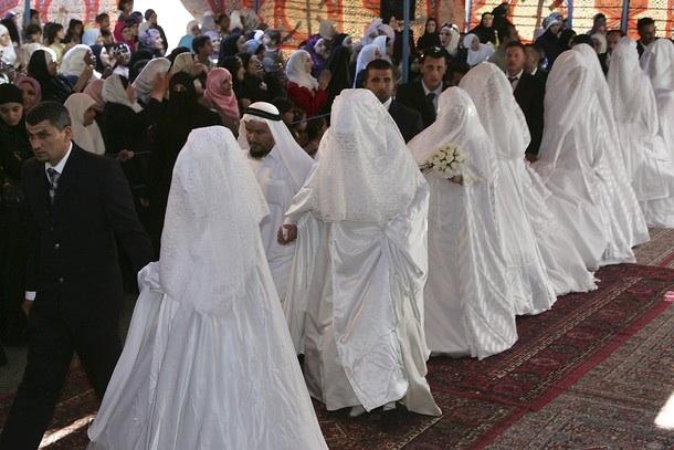 Svetová svadba! - Moslimská hromadná svadba