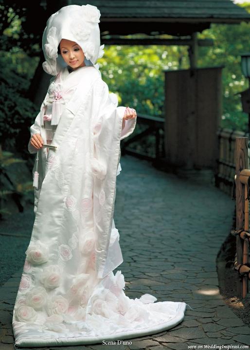Svetová svadba! - Japonské zmodernizované ale stále tradičné svadobné šaty