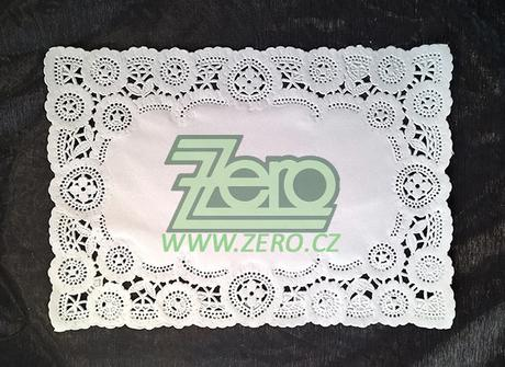 Krajka VIP ozdobná pod koláče 24x35 cm - bílá - Obrázek č. 1