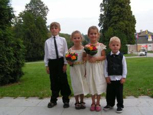 Alex, Karolinka, Ladenka a Filipek, jen Josifek chybi :(