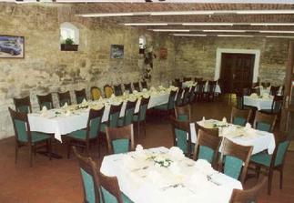 salonek, kde proběhne svatební hostina a následné oslavy