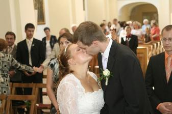A první políbení :)