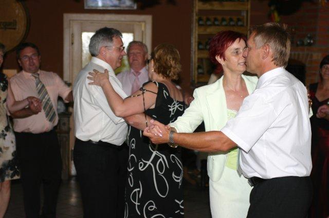 Svatební oslava - a tančilo se až do rána