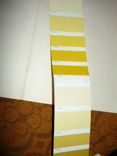 Nas farebny domcek - druha farba od hora schodisko a vrchna mala chodbicka