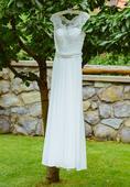 Jemné ručne šité svadobné šaty, 36