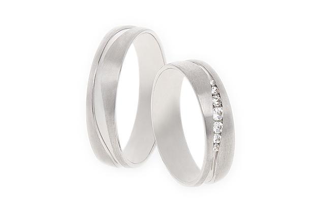 ♥Tak nakonec výhrály tyto prstýnky Od Rýdla 401 s brilianty. Konečně objednané ♥