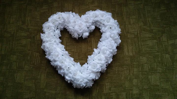 Srdce na auto nevěsty, ještě se bude dozdobovat