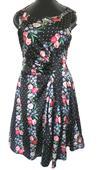 Květované šaty, 40