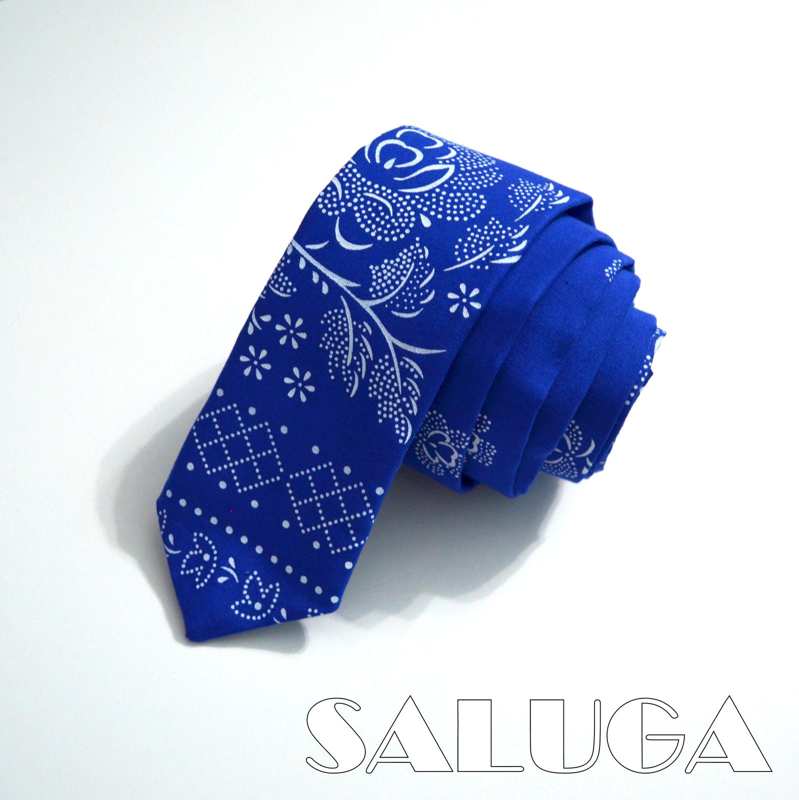 Pánska slim kravata - folklórna - modrá - Obrázok č. 1