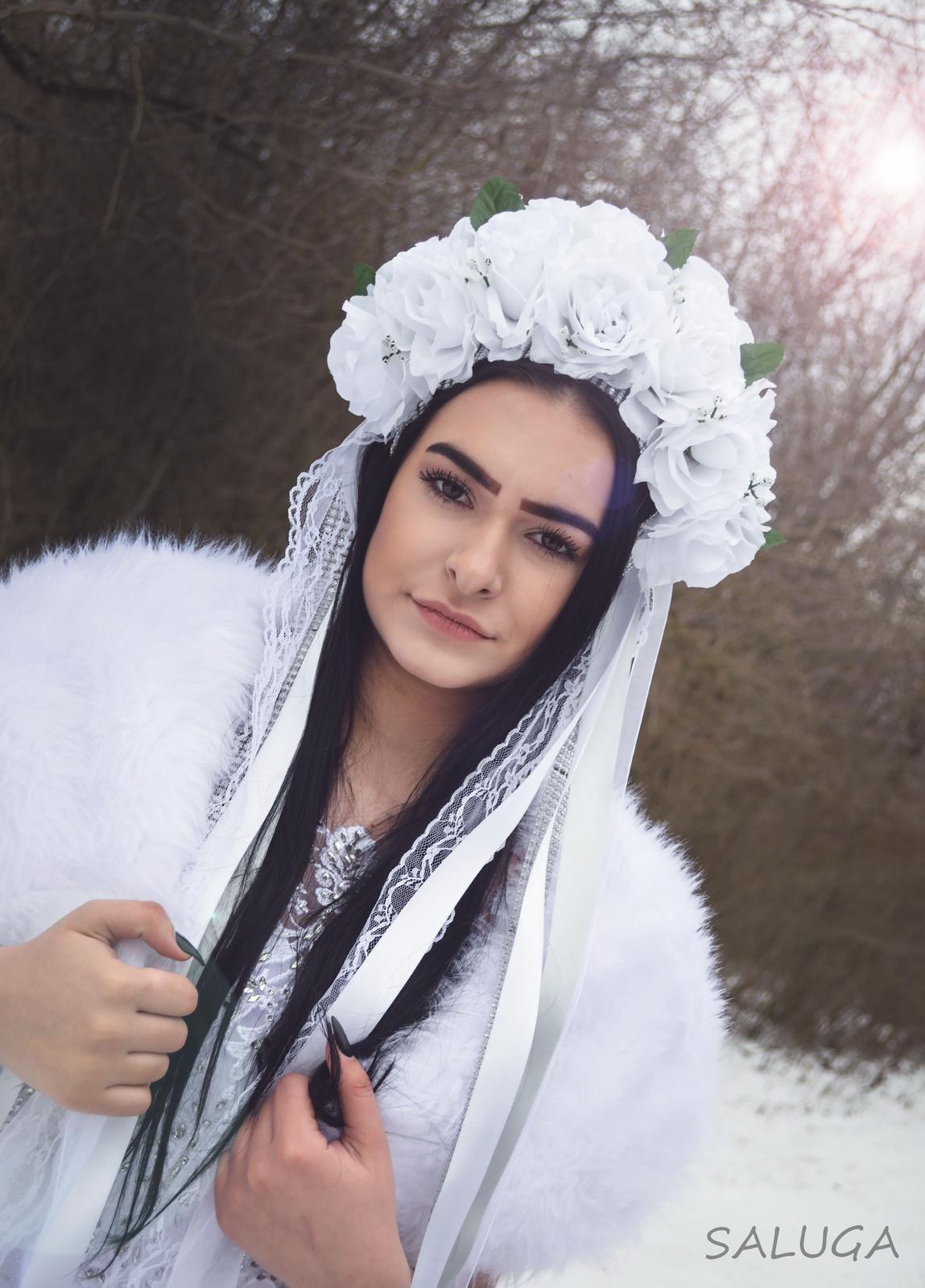 Svadobná parta do vlasov - biela - kvetinová - Obrázok č. 1