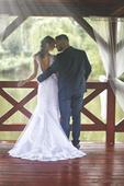 svatební šaty od přední české návrhářky, 36