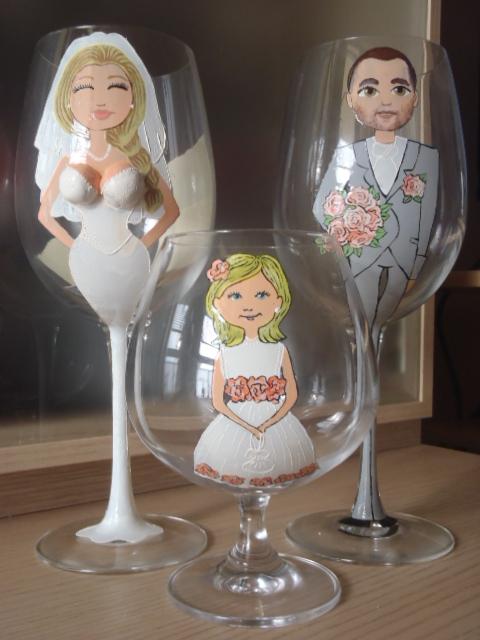 Čo už máme - Už sú doma - naše svadobné, a môžeme začať robiť pozvánky a manžetky podľa nich  :-)