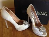 Luxusné svadobné topánky Badglei Mischka, 38