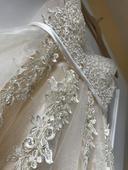 Svatební šaty šampáň , 38