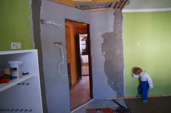 zaomítané stěny