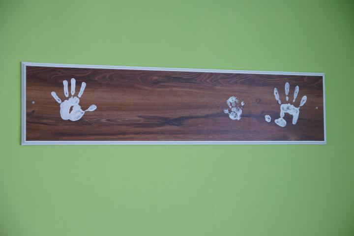 Předěláváme ložnici - vlevo moje, vpravo manželova, maličká od Lukiho a ještě jsme nechali místo pro Adámka až se narodí :-)