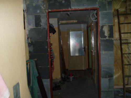 Náš  byteček - zatím bez dveří