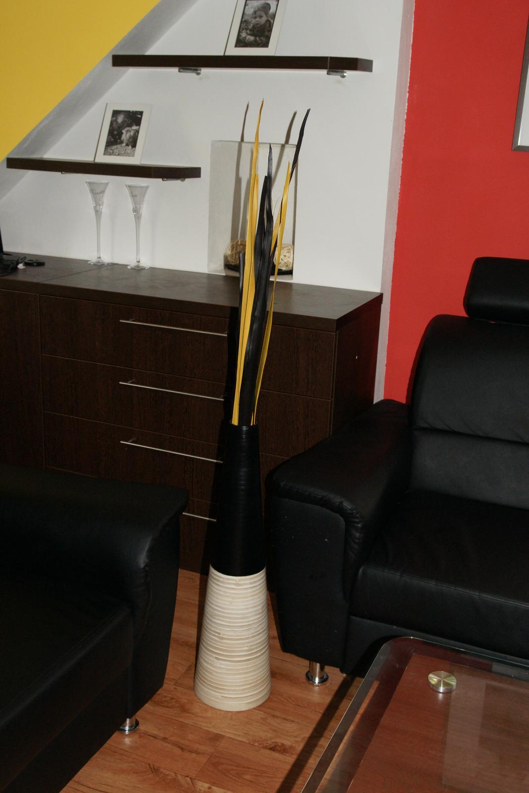 Náš  byteček - konečně jsem si pořídila velkou vázu