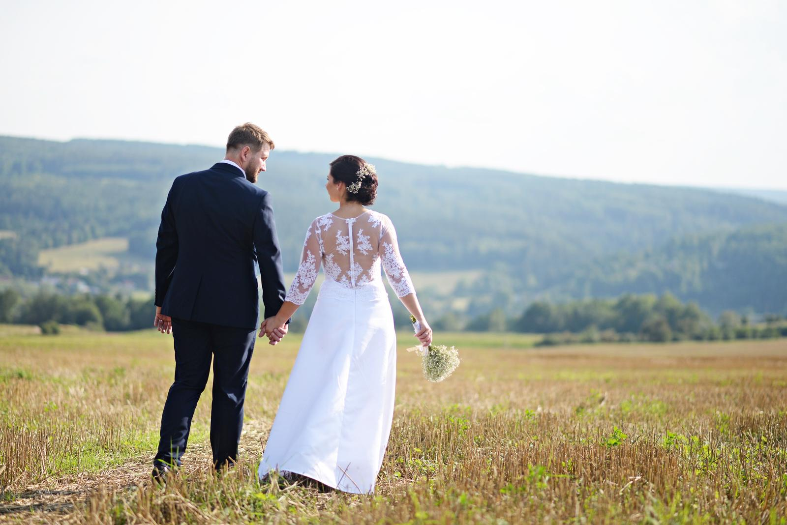 Svatební šaty - bílé s krajkou, vel. 38 - Obrázek č. 2