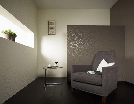 SKORO HOTOVO - líbilo by se mi něco jako je ta hnědá tapeta, ale musím opatrně se vzory, protože mám ty japonské stěny s kytkama