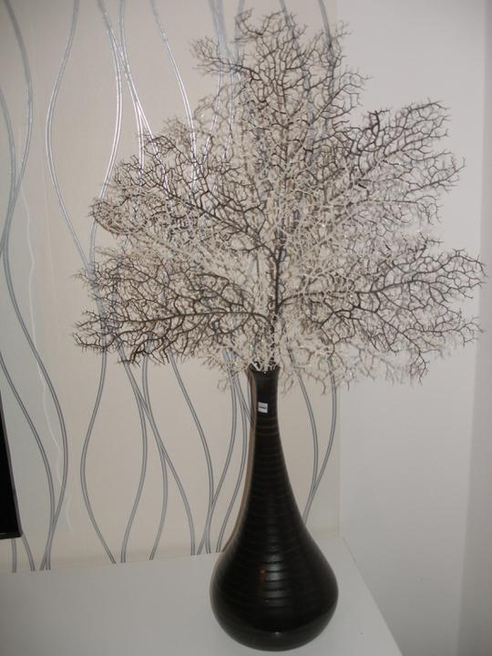 SKORO HOTOVO - dnešní úlovek - dekorace do vázy, vypadá to krásně :-)