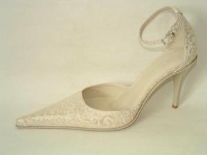 Tyhle botičky by se mi moc líbily. Krása