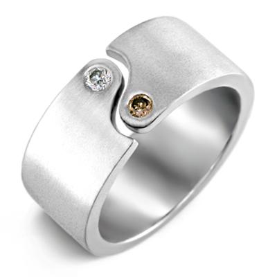 Kraaasne snubne prstene a saty pre inspiraciu - Obrázok č. 21