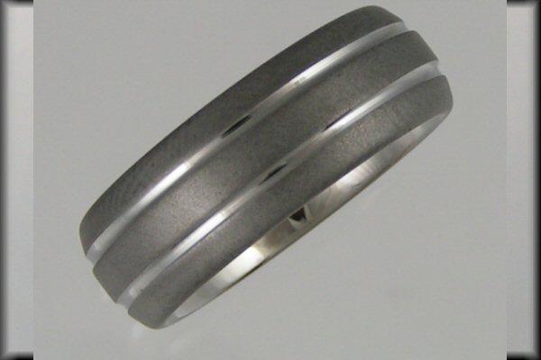 Kraaasne snubne prstene a saty pre inspiraciu - titan