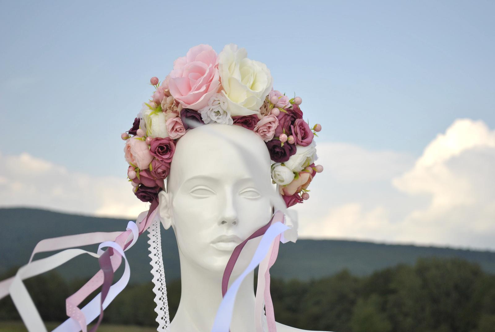 Kvetinová parta ružovo-biela - Obrázok č. 3