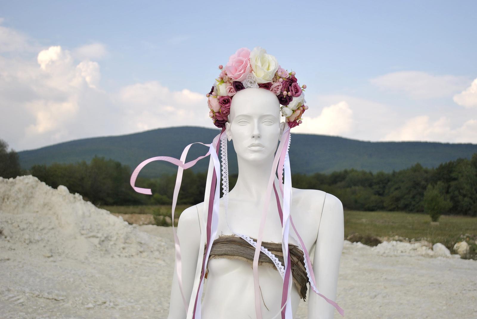 Kvetinová parta ružovo-biela - Obrázok č. 1