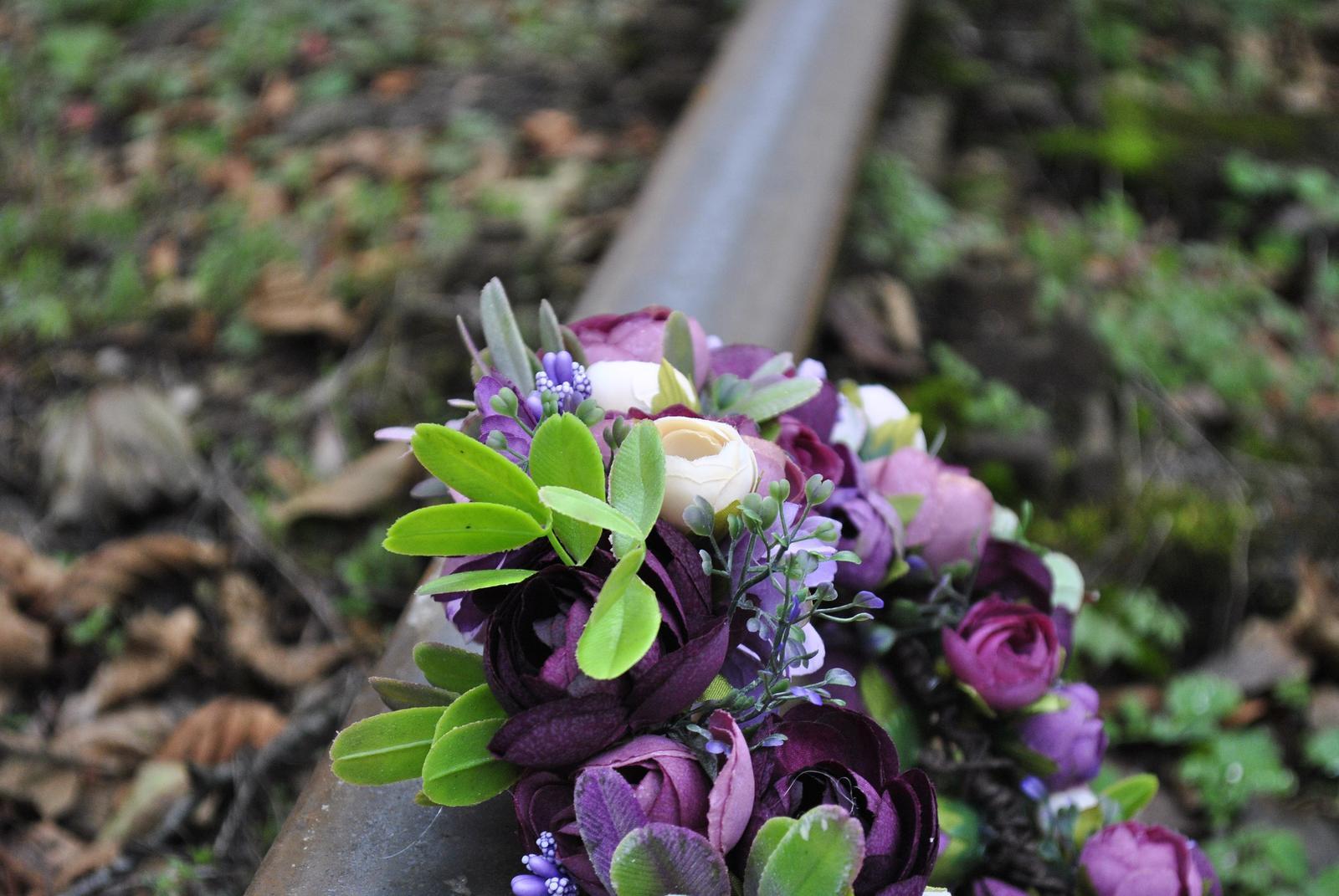 Kvetinový venček fialový - Obrázok č. 2