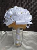Saténová svadobná kytica biela,