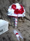 Saténová svadobná kytica červená,