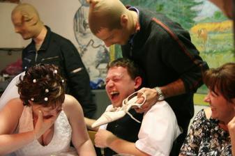 večerní přepadeni :-) dražba na nevěstu :-)